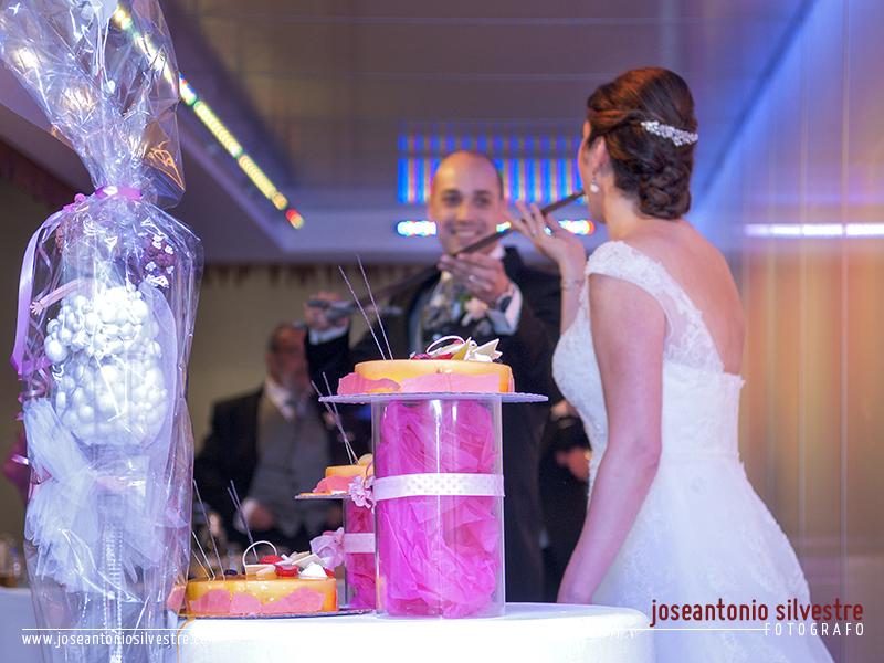 Fotos de boda en Alcoy e Ibi y postboda en Bodegas Francisco Gomez