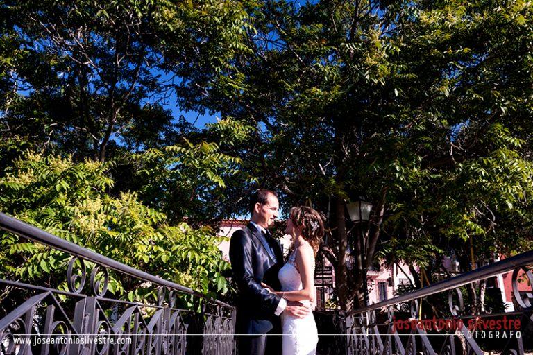 fotografo-boda-postboda-ibi-alicante-pueblo-acantilado